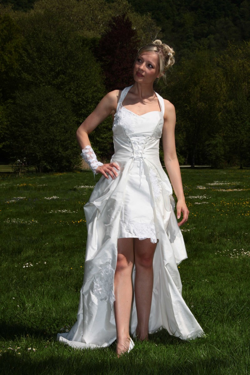 Robe de mariee modulable grenoble onctueuse version soirée - Voir en grand