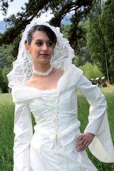 Robe modulable Caresse , détail veste - Voir en grand