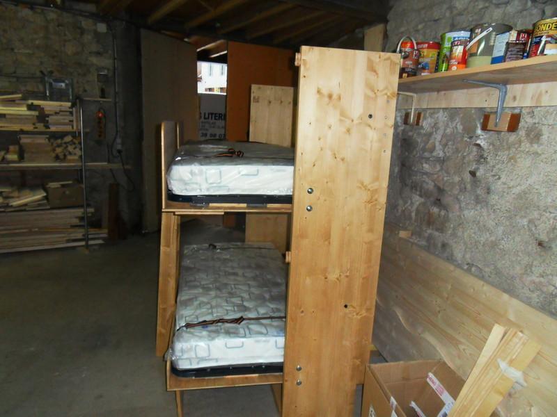 lit superpos escamotable gain de place vercors literie. Black Bedroom Furniture Sets. Home Design Ideas