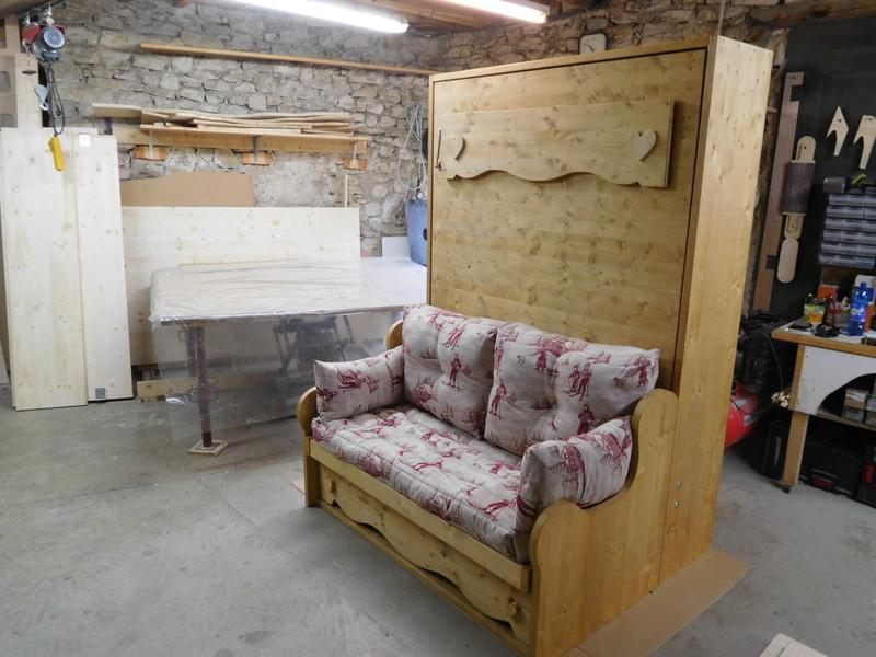lit relevable ou lit armoire avec banquette 140x190 vercors literie. Black Bedroom Furniture Sets. Home Design Ideas