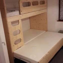 lit superposé avec gigogne  teinte naturel - Lits superposés et bois de lit - VERCORS LITERIE  - Voir en grand
