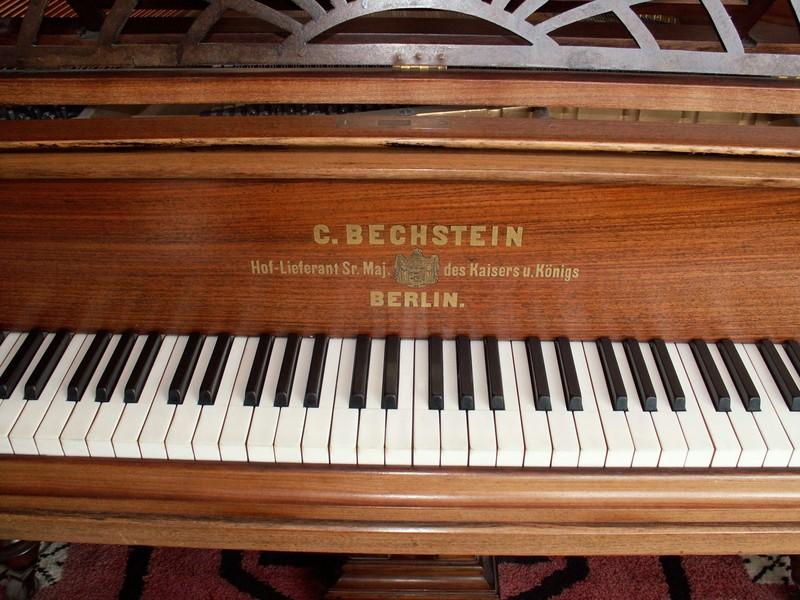 piano MILLIERE  2.jpg - Voir en grand
