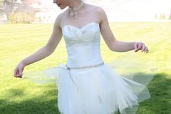 Robe de mariée signe edith détail devant - Voir en grand