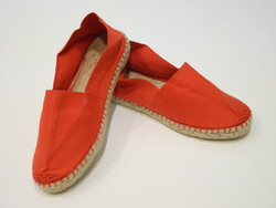 Chaussure rouge espadrille