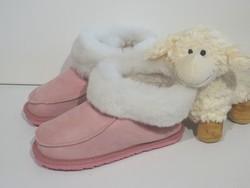 Chaussons en mouton retourné pure laine roses - Chaussons-pantoufles en peau et laine - La Petite Boutique - Voir en grand