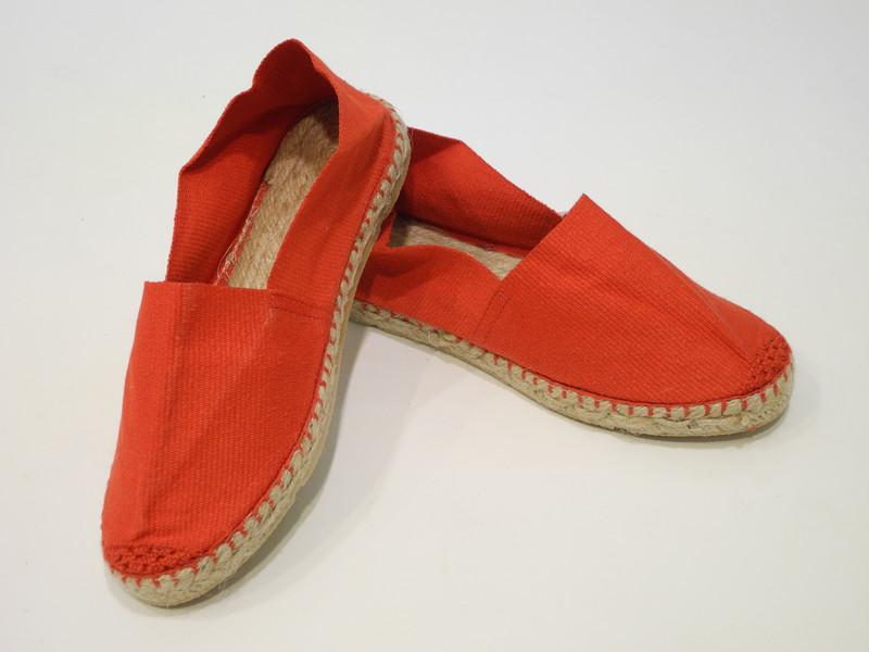 Chaussure rouge espadrille - Voir en grand