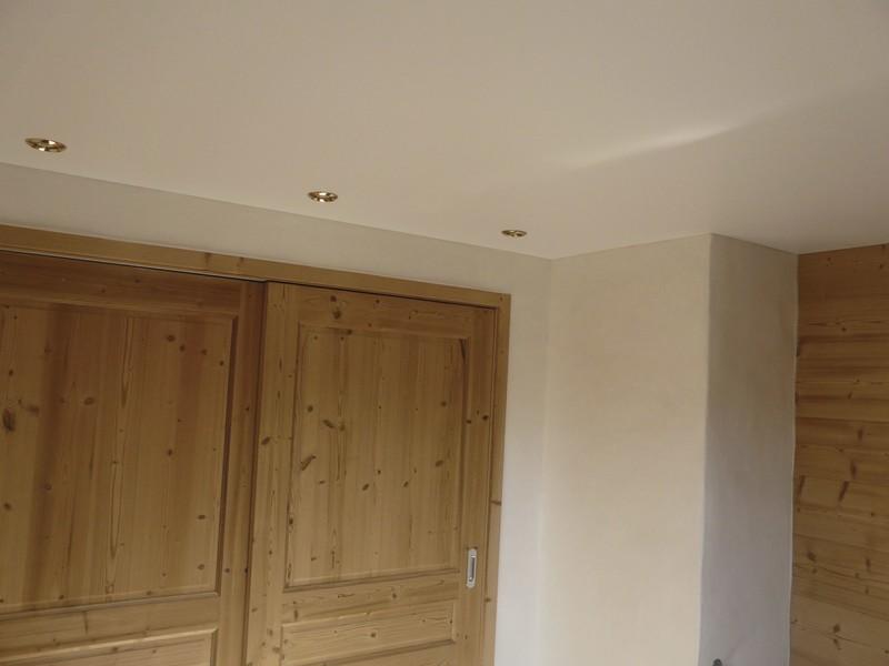 alpes-plafond plafonds tendus CHAMBRE.JPG - Voir en grand