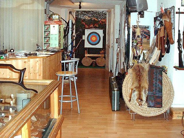 La boutique Archery Workshop à Grenoble -  - ARCHERY WORKSHOP (AW) - Voir en grand