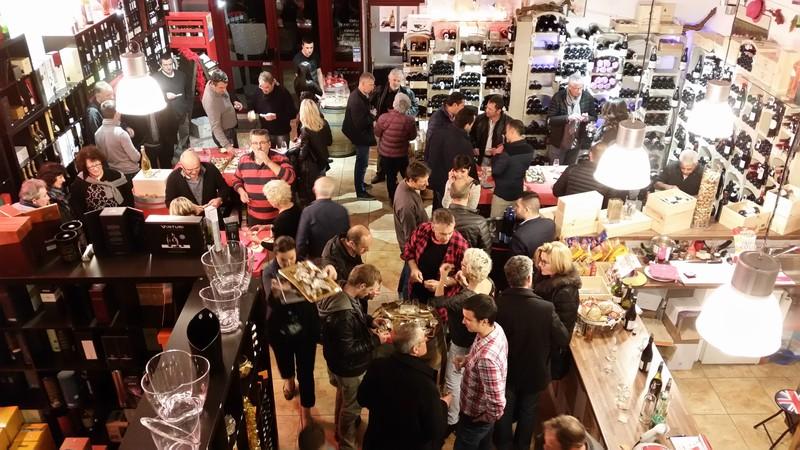 Soirée Vins et Fromages - Soirée à Thème - LA VINOTHEQUE DES ALPES - Voir en grand