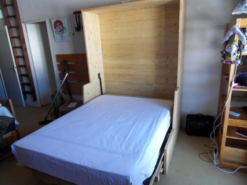 lit relevable avec banquettes 2 vercors literie. Black Bedroom Furniture Sets. Home Design Ideas