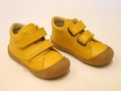 Chaussure bébé jaune