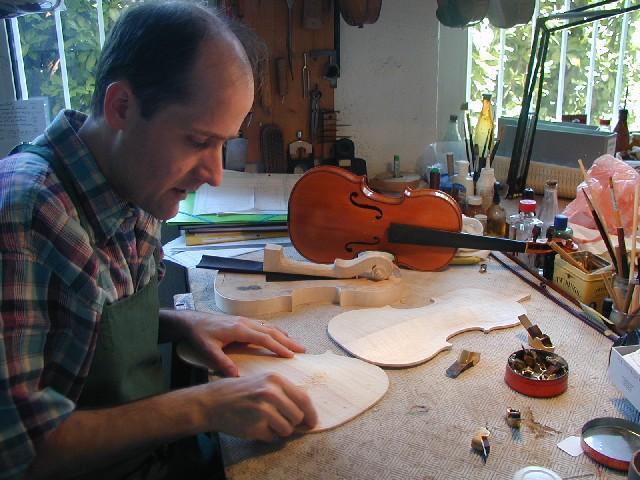 Nos Fabrications de violons, altos et violoncelles - L'atelier : Fabrication, réparation, entretien - NICOLAS DEMARAIS, LUTHIER - Voir en grand