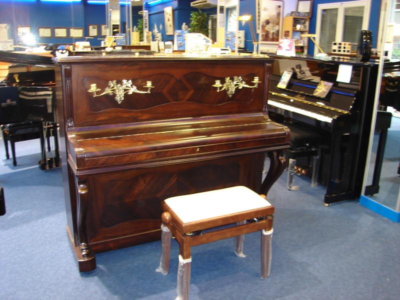 PIANO RESTAURE - Voir en grand