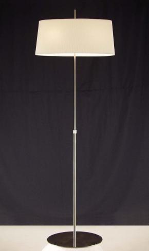 lampadaires abats jours lampes halog nes lantheaume sa. Black Bedroom Furniture Sets. Home Design Ideas