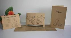 Carte  dîner mariage 2 elephants amoureux, papier kraft fines rayures, amalgame imprimeur grenoble - Voir en grand