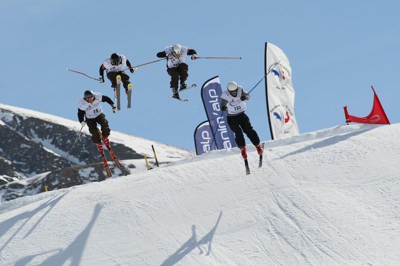 coupe_europe_skicross_03_laurent_salino.jpg - Voir en grand