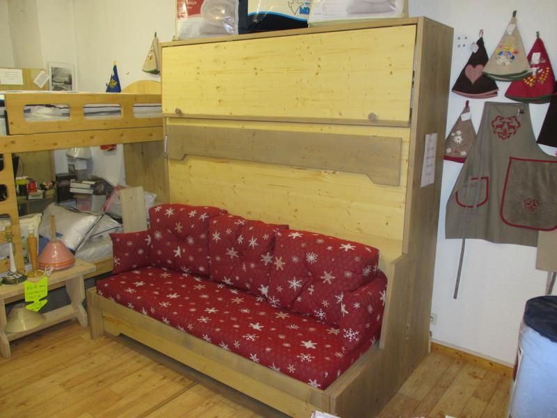 lit horizontal avec banquette et rangement 4 vercors literie. Black Bedroom Furniture Sets. Home Design Ideas
