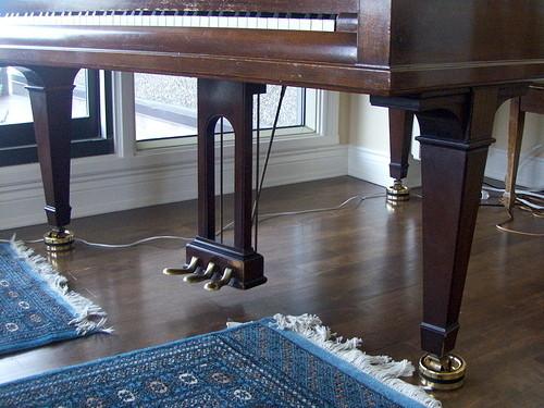 coupelle PIATTINO complet avec feutre - Accessoires pianos : sièges, lampes, regulateur hy - ART & PIANO - Patrick BLERIOT - Voir en grand