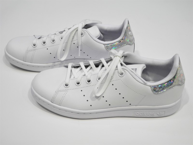 Chaussure basse ADIDAS - Voir en grand