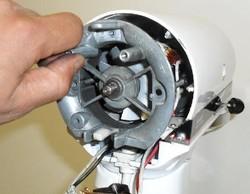 Démontage de la goupille robot kitchenAid classic artisan ultra power - Voir en grand