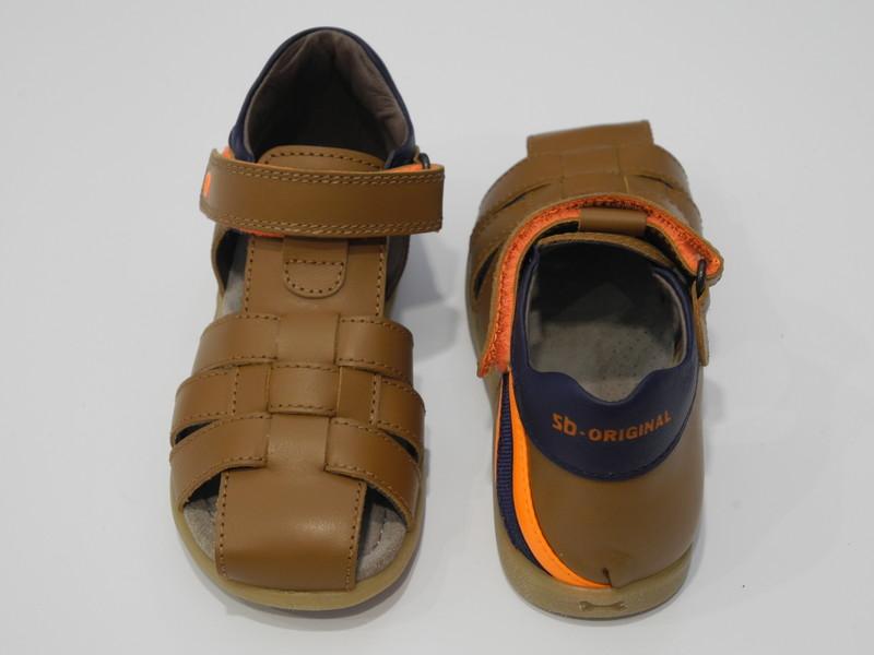 Chaussure ouverte bout protégé - Voir en grand