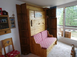lit relevable avec banquette vertical en 140x190 no 10 - Lit relevable, lit armoire - VERCORS LITERIE  - Voir en grand