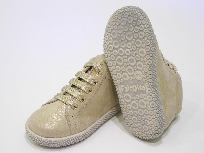 Chaussure antidérapante premier pas - Voir en grand