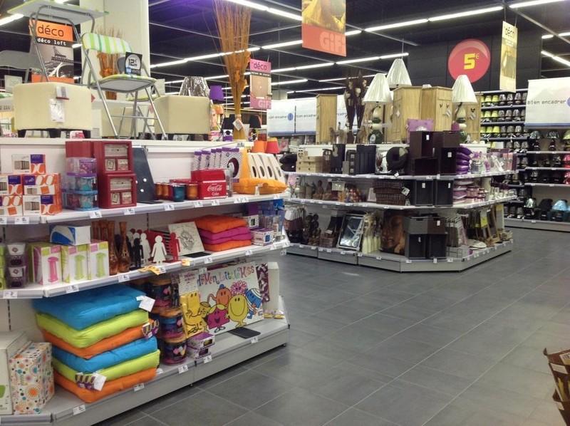 grands magasins supermarches superettes epinal achat vosges. Black Bedroom Furniture Sets. Home Design Ideas