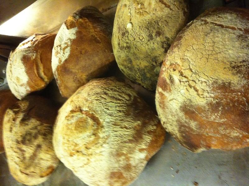 boulangot grosse boule de pain - Voir en grand