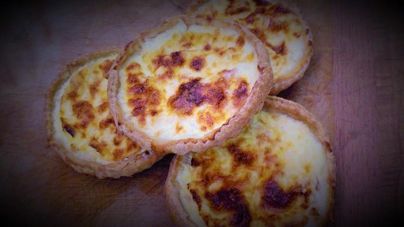 Quiche Lorraine - Quiches Tartes Pizzas - boucherie traiteur BIGOT - Voir en grand