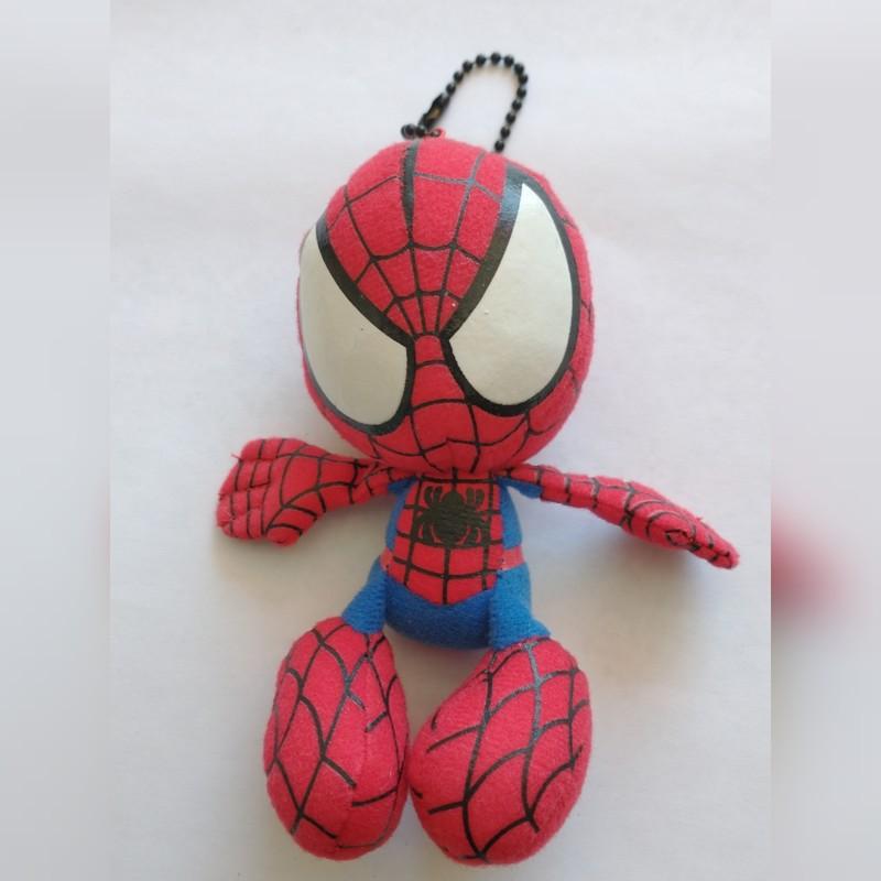 Porte clef peluche Spiderman - Voir en grand