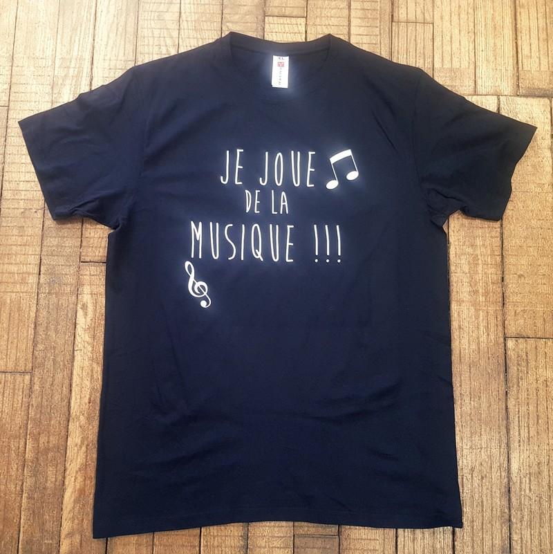T-shirt noir Je joue de la musique - Voir en grand