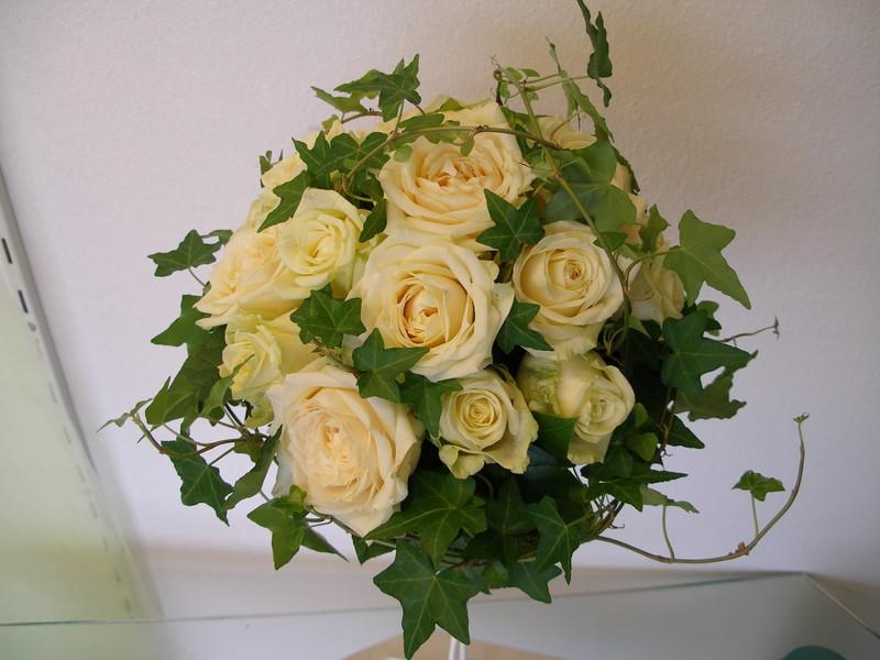 Bouquet de roses et lierre.jpg - Voir en grand