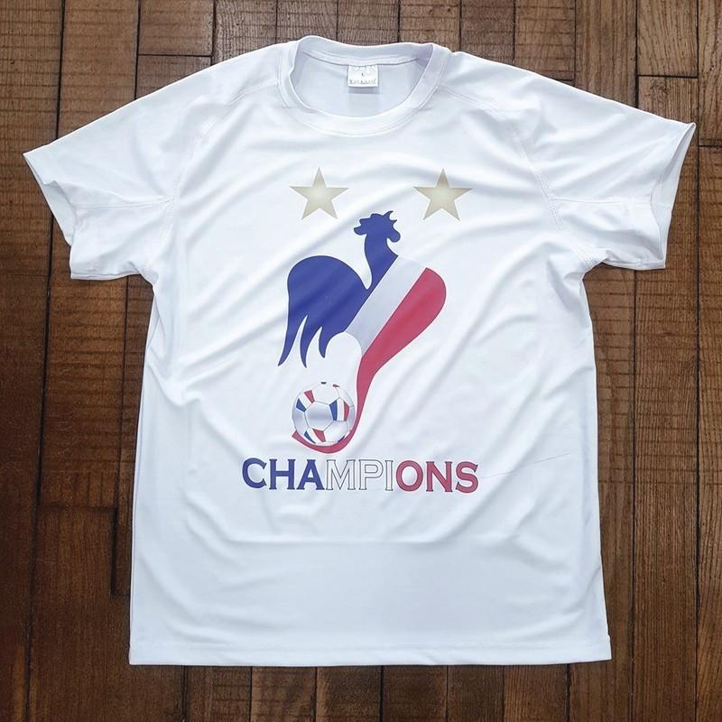 """T-shirt blanc technique """"CHAMPIONS"""" -  CHAMPIONS DU MONDE 2018 - TIME'S - CADEAUX PERSONNALISES - Voir en grand"""