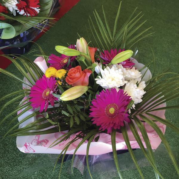 Bouquet bulle  - Fêtes des mères  - Fleurs de l'est  - Voir en grand