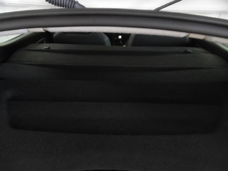 véhicule-d'occasion-renault clio IV PH2 STE 1.5 DCI 75 energy air medianav gps 2 places - Voir en grand