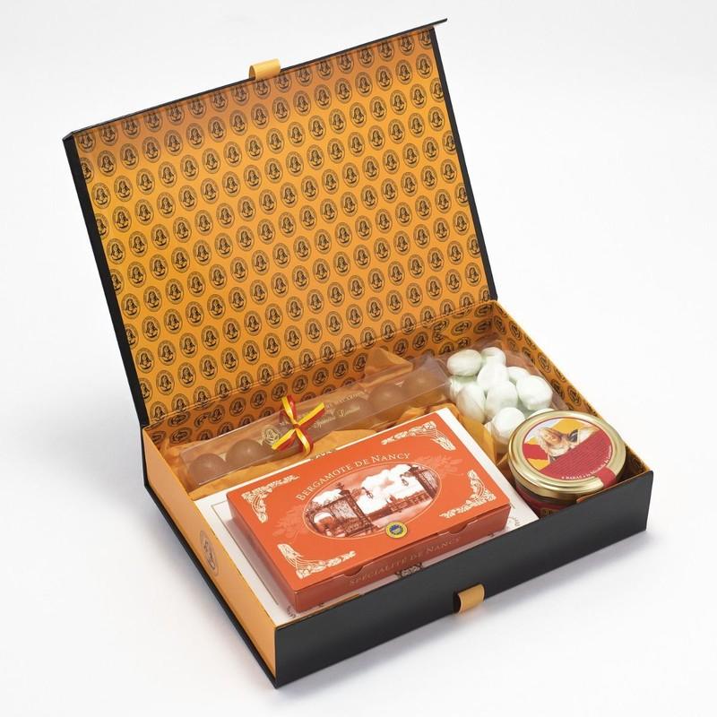 Fabuleux Coffret cadeau N°6 de la Maison des Soeurs Macarons à Nancy &FH_41