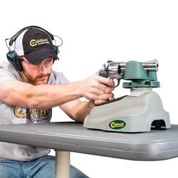 548664-action-kyle-handgun.jpg - Voir en grand