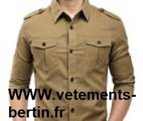 Chemise 2 poches poitrine pour homme beige moyen avec épaulettes. - Voir en grand