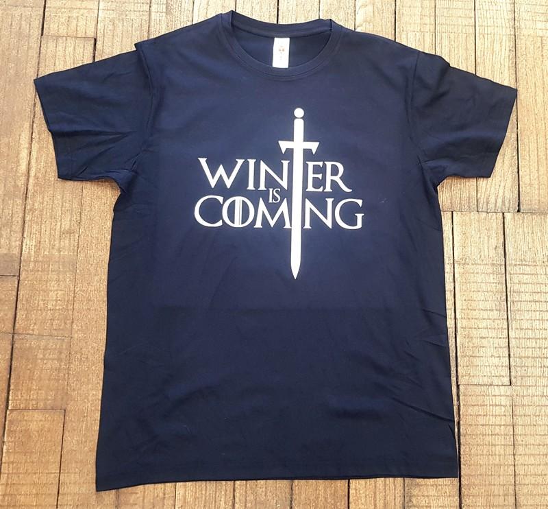 T-shirt noir Winter is coming - Voir en grand