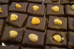 nos chocolats praliné noisettes - Voir en grand