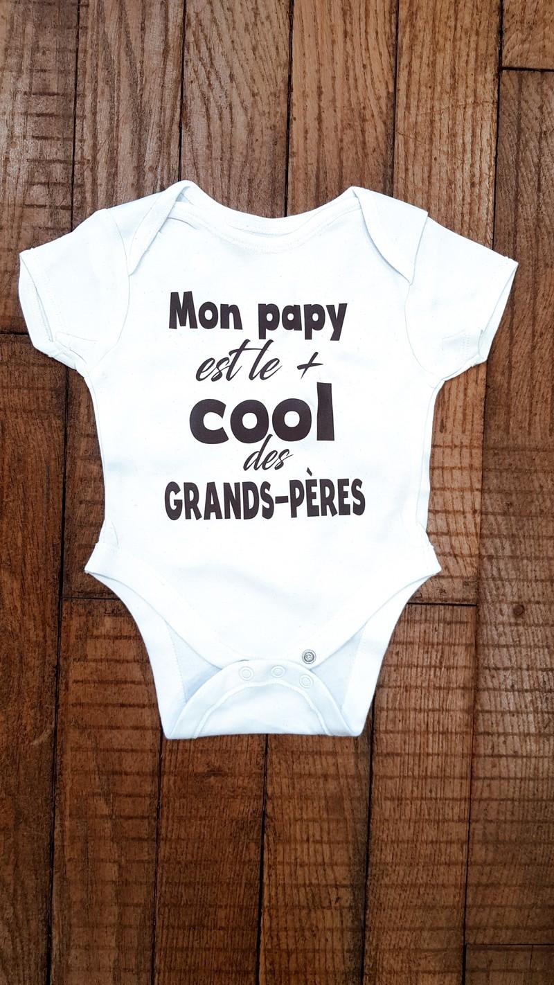 Body personnalisé Mon papy est le +cool des grands-pères - Voir en grand