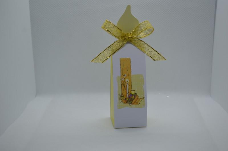 Boîte cartonnage en forme de bougie - COMMUNION - LA FEE PAULYNE - Voir en grand