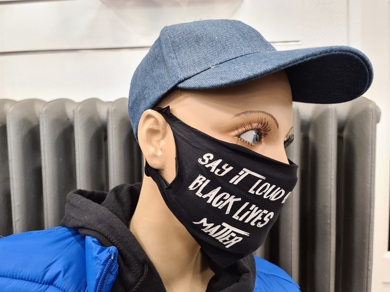 Masque Say it loud black lives matter - Voir en grand