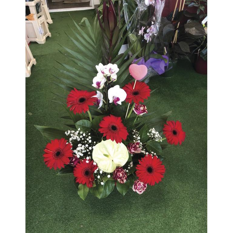 Composition florale  - Fêtes des mères  - Fleurs de l'est  - Voir en grand