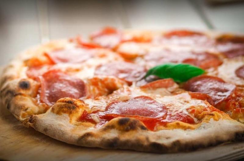 Nos pizzas à base de fromage à emporter Le Capri à Golbey - Nos Pizzas à emporter Restaurant Le Capri à Golbey - RESTAURANT PIZZERIA LE CAPRI - Voir en grand