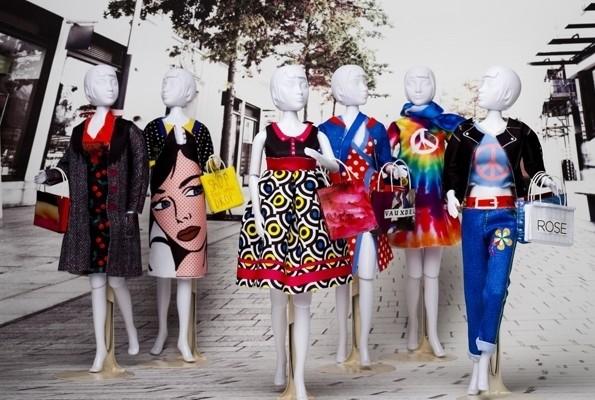 """TENUE pour Poupée mannequin """"Dress your doll"""" - LA COUTURE POUR LES ENFANTS - AU DE A COUDRE - Voir en grand"""