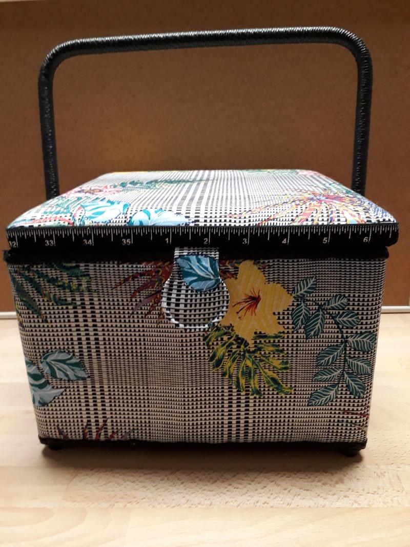 Grande boîte à couture carrée à motifs fleuris - LE RANGEMENT - AU DE A COUDRE - Voir en grand