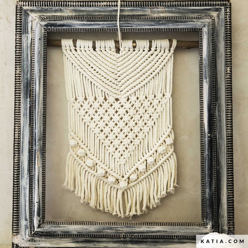 patron-tricoter-tricot-crochet-habitat-tapis-printemps-ete-katia-6124-58-g.jpg - Voir en grand