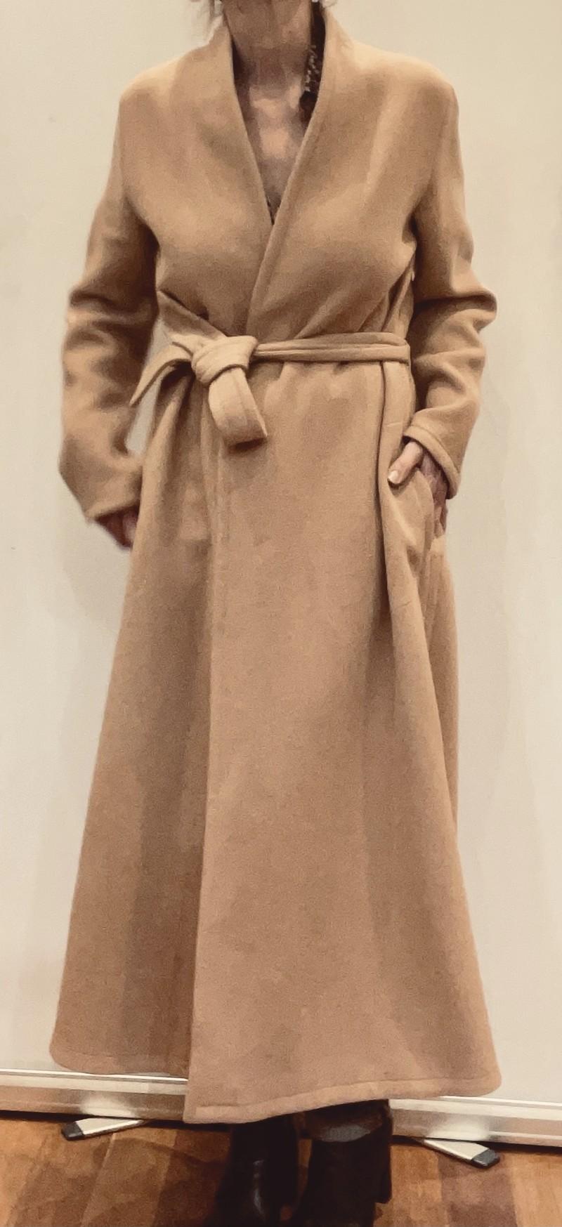 Manteau - Vêtements Femme - CONFIDENTIEL - Voir en grand